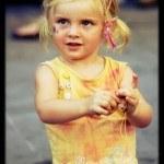 peinados-para-niñas-2013-coletas-con-trenzas