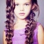 peinados-para-niñas-2013-trenzas-sobre-el-hombro