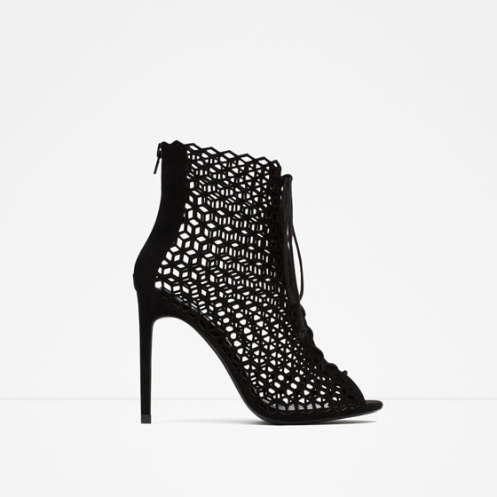 zapatos-navidad-2015-botines-acordonado-zara