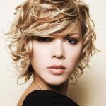 cortes-de-pelo-2014-pelo-rizado-u-ondulado-cabello-corto-despeinado-y-rizado