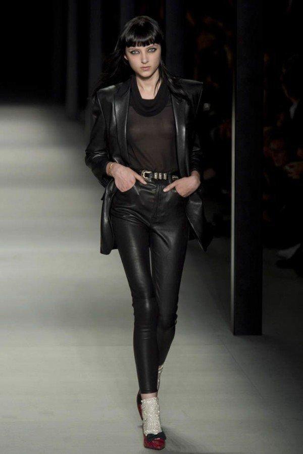 Pantalones y Jeans mujer 2015 | Tendencias cuero pitillo de Yves Saint Laurent