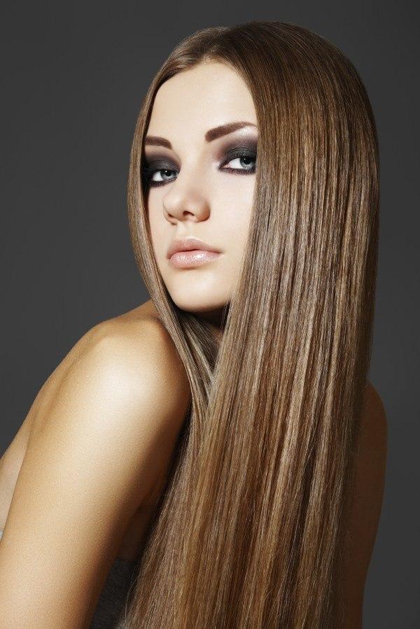 alisado-de-keratina-para-mujeres-con-pelo-rizado-y-encrespado-tratamiento-liso