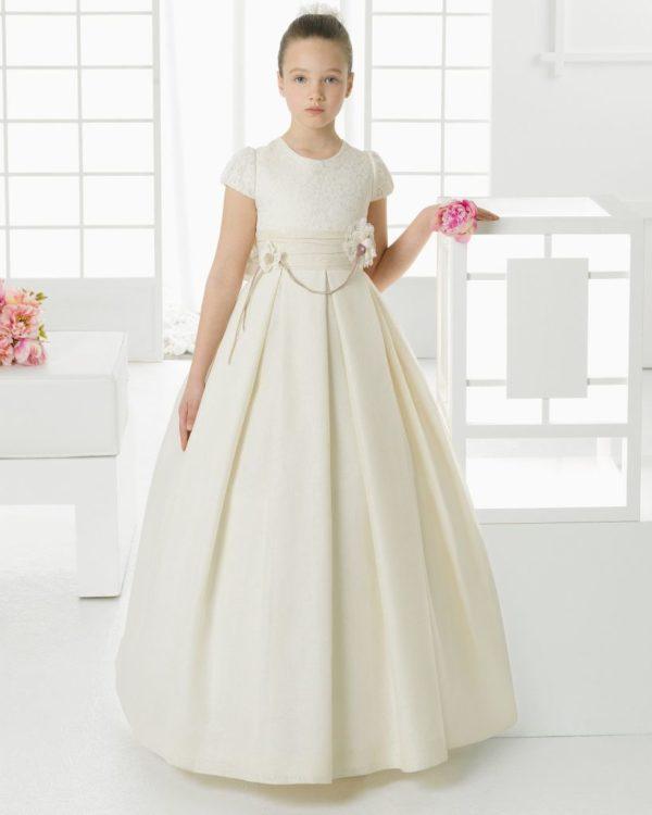 Cuanto cuesta un vestido de comunion de nina