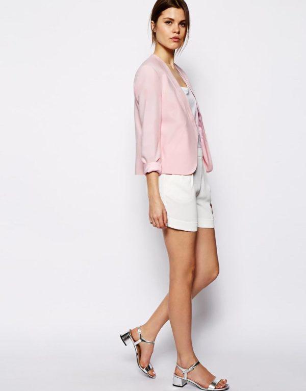 tendencias-blazers-y-americanas-para-mujer-primavera-verano-2014-modelo-asos-corta-rosa