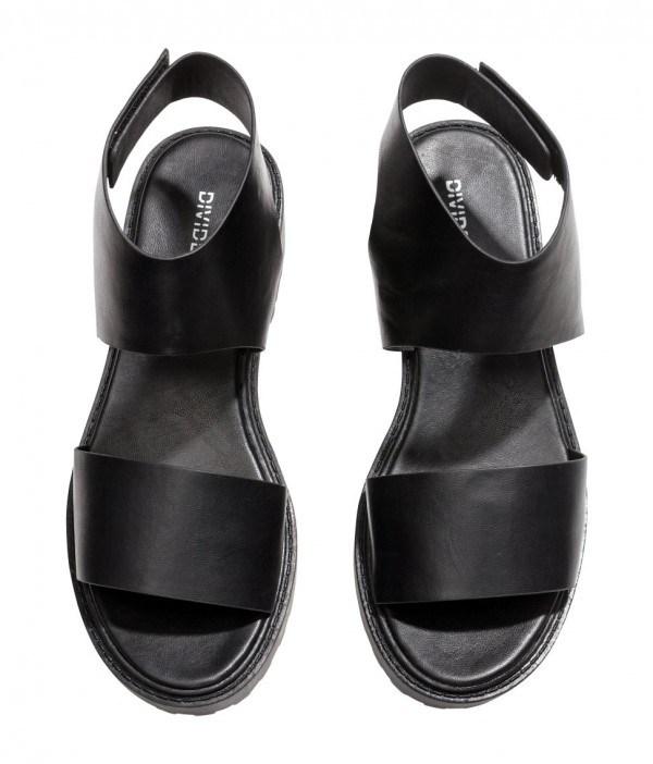 tendencias-calzado-sandalias-para-mujer-primavera-verano-2014-modelo-h&m-negras-planas