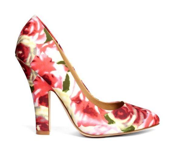 tendencias-calzado-zapato-para-mujer-primavera-verano-2014-modelo-asos-estampado-flores