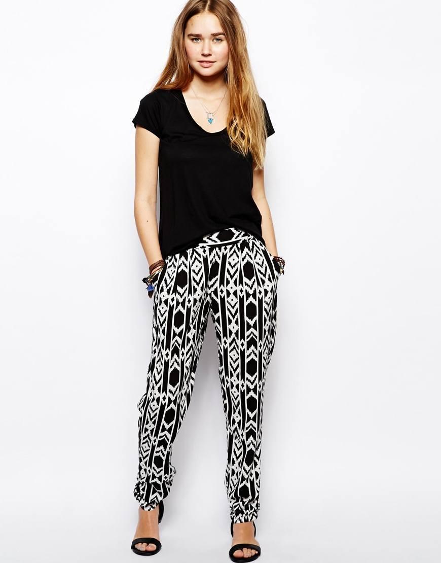 Hay proveedores de 3 moda en pantalon dama , principalmente ubicados en East Asia. Los principales países proveedores son China (Continental), Tailandia, que proveen el 66%,33% de moda en pantalon dama , respectivamente. Los productos de Moda en pantalon dama son los más populares de Southern Europe, North Americay Central America.