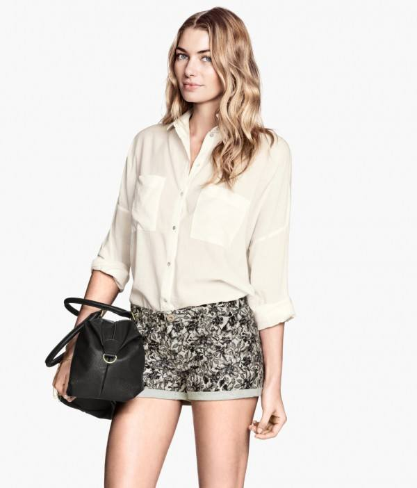 tendencias-shorts-para-mujer-primavera-verano-2014-modelo-H&M-short-estampado
