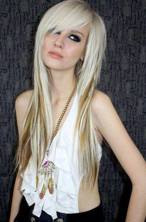cortes-de-cabello-y-peinados-emo-para-chicas-flequillo-largo