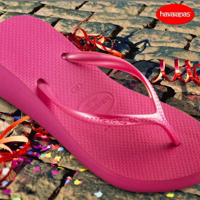 chanclas-havaianas-para-mujer-verano-2014-modelo-rosa-cuña