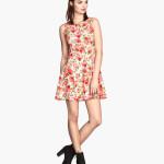 moda-para-adolescentes-verano-2014-vestido-de-flores-de-h&m