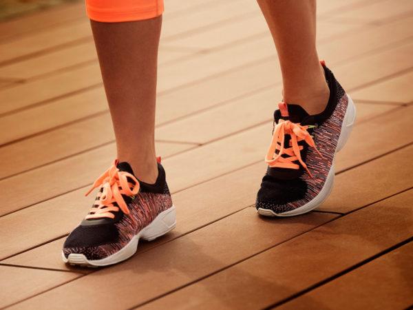 propuestas-de-moda-bershka-linea-start-moving-primavera-verano-2015-zapatillas