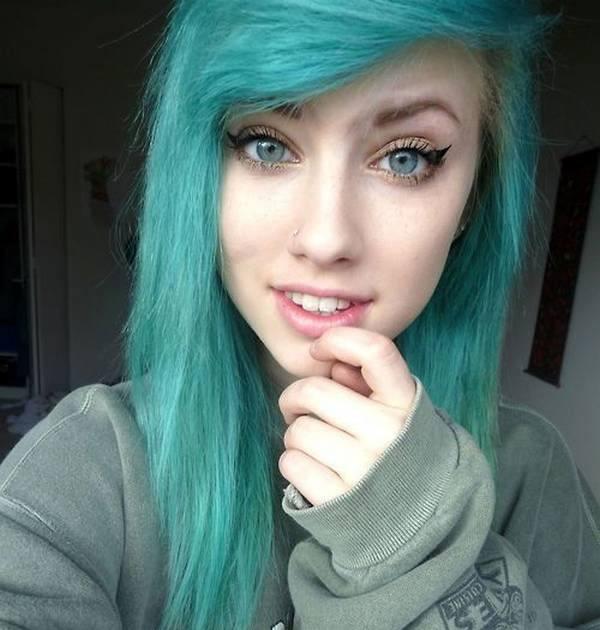 cortes-de-cabello-y-peinados-emo-para-chicas-2015-corte-color-azul-verdoso