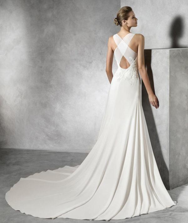 vestidos-de-novia-2016-tori-espalda-pronovias