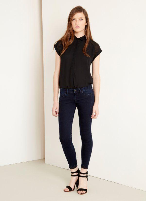 catalogo-pepe-jeans-para-mujer-2015-tejano-pitillo-camiseta-negra