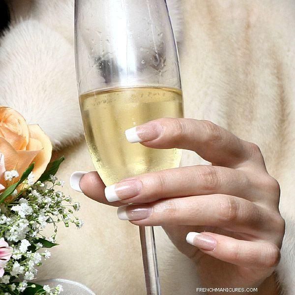 decoracion-de-unas-para-novias-francesa-largas