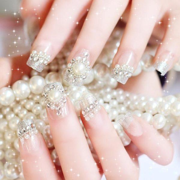 decoracion-de-unas-para-novias-perlas