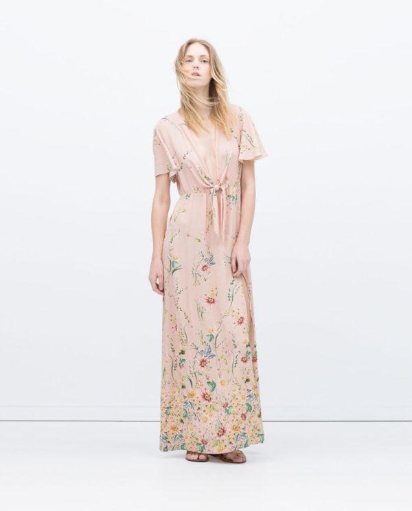 vestidos-invitadas-comunion-2015-look-romantico-vestido-estampado-de-Zara
