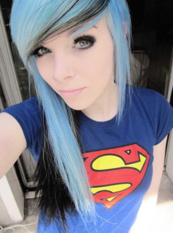 cortes-de-cabello-y-peinados-emo-para-chicas-2015-cabello-de-color-azul
