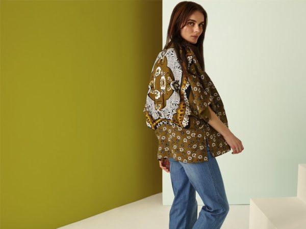 rebajas-sfera-de-verano-para-mujer-2015-camisa-estampada-jeans