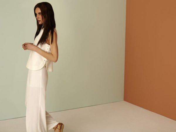 rebajas-sfera-de-verano-para-mujer-2015-top-falda-blanco