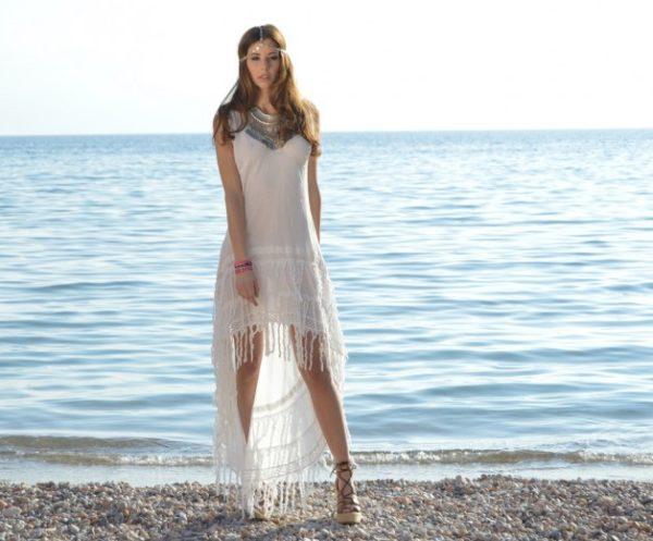 moda-ibicenca-vestido-asimetrico-flecos