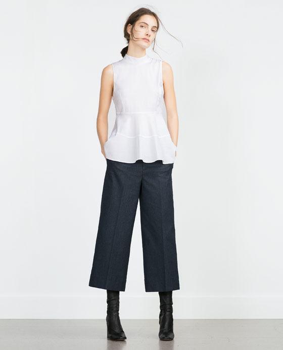Pantalones de pana, de moda para este otoño e invierno Vuelven los pantalones de pana para este otoño e invierno / Este tejido clásico regresa siguiendo las .