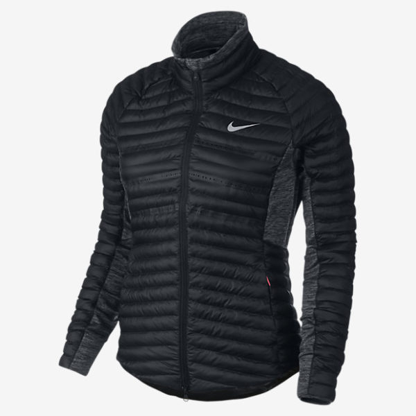 catalogo-ropa-deportiva-para-mujer-nike-otono-invierno-2015-2016-chaqueta-acolchada