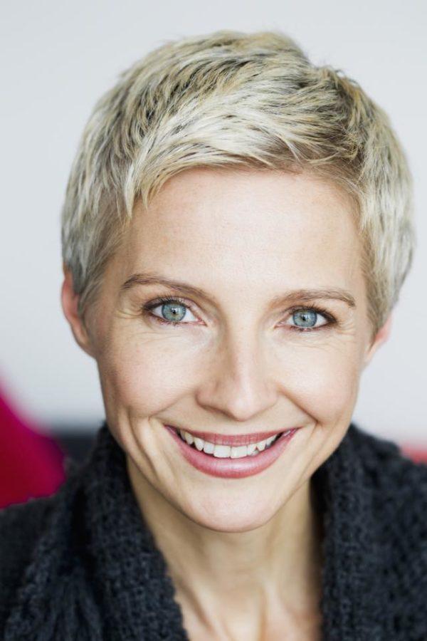cortes-de-cabello-y-peinados-para-mujeres-mayores-de-50-años-pelo-corto