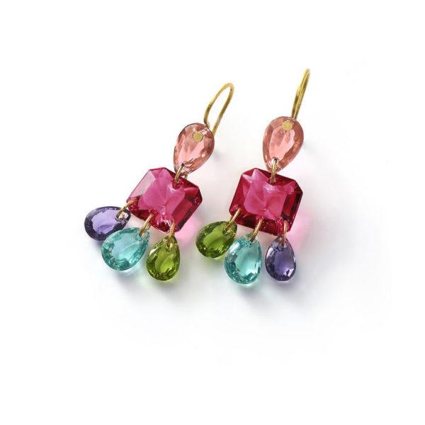 339d0af68e59 Baccarat es una firma no solo conocida como una de las mejores marcas de  joyas de lujo en el mundo sino que también cuenta con una amplia variedad  de ...