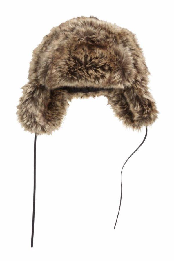 complementos-de-moda-para-mujer-otono-invierno-2016-gorros-de-pelo