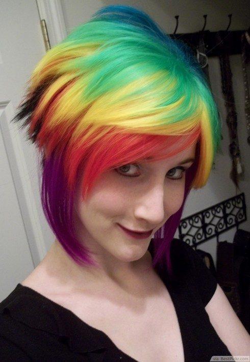 cortes-de-cabello-y-peinados-emo-para-chicas-2016-cabello-corto-multicolor