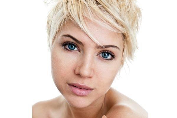 cortes-de-pelo-y-peinados-otoño-invierno-2015-2016-pelo-corto-flequillo