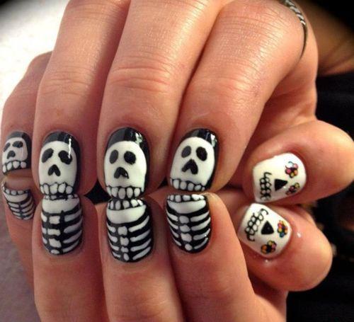 Halloween-white-black-print