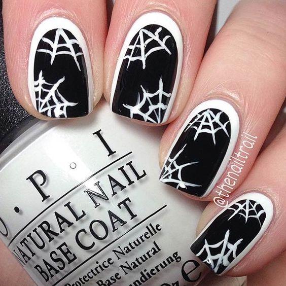unas-halloween-telaranas-negras