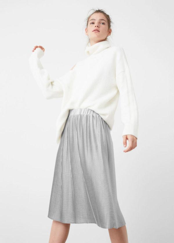 como-vestirse-en-accion-de-gracias-look-falda-plisada-mango