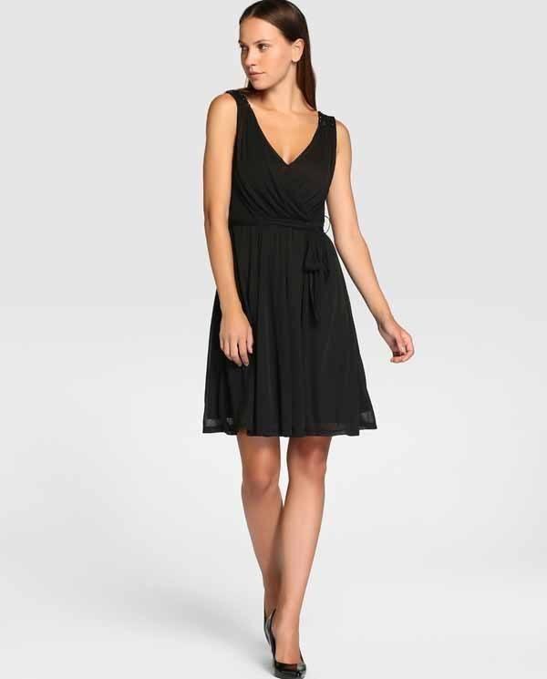 vestidos-de-coctel-para-navidad-y-nochevieja-negro-formula-joven