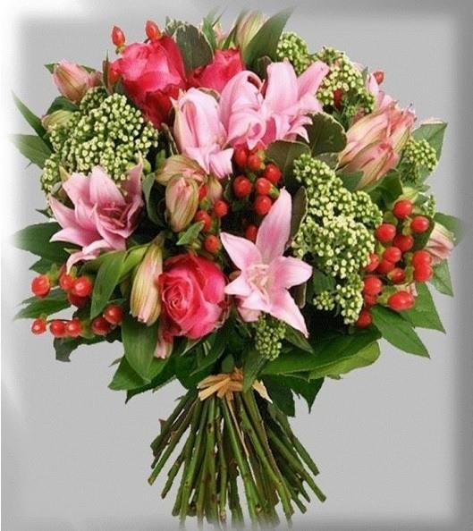 cuales-son-las-flores-preferidas-para-un-ramo-el-dia-de-san-valentin-2015-lilas-rosas-rojas