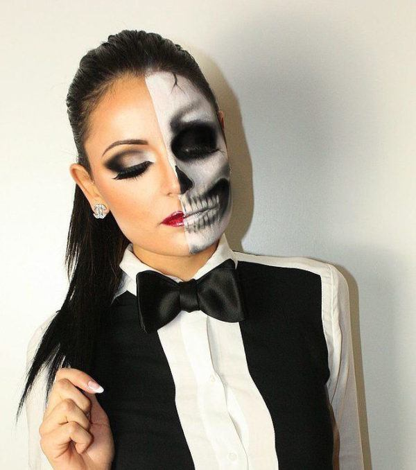 Makeup-halloween-half-face-skull