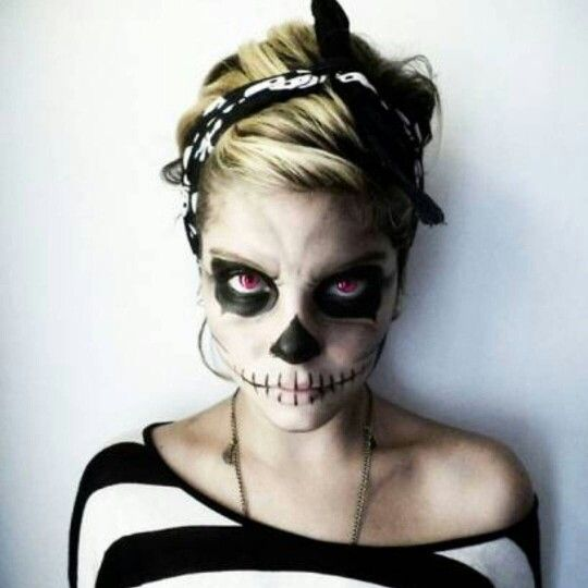 Makeup-halloween-death-blonde