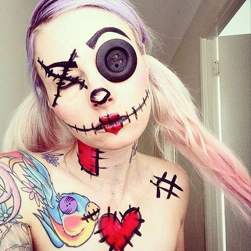 Make-up-halloween-doll