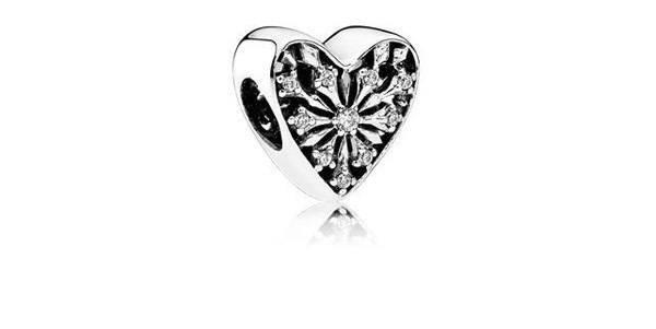 pandora-coleccion-san-valentin-charm-corazon-de-cristal