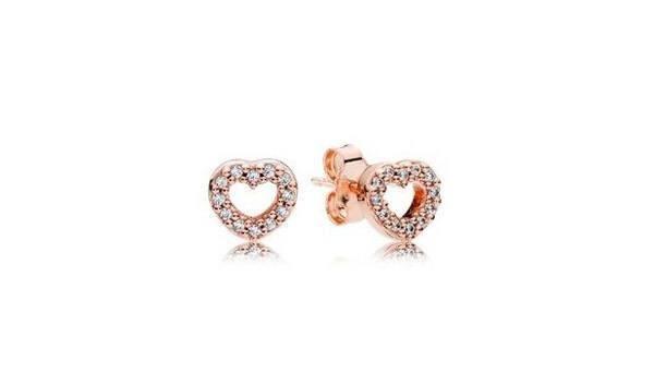 pandora-coleccion-san-valentin-pendientes-corazones-rosas