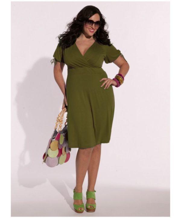 vestidos-de-noche-para-gorditas-drapeado-verde