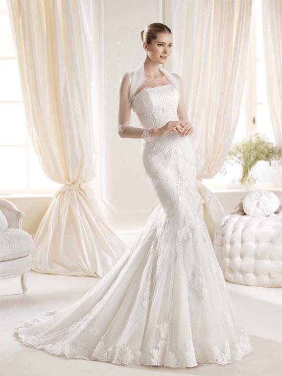 58e09c79 Aquí puedes ver más vestidos de novia corte sirena 2019: