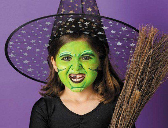 Makeup-halloween-witch-for-girl-tooth-black