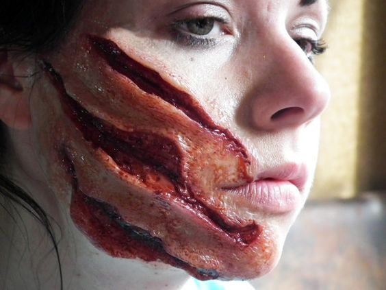 Makeup-halloween-wounds