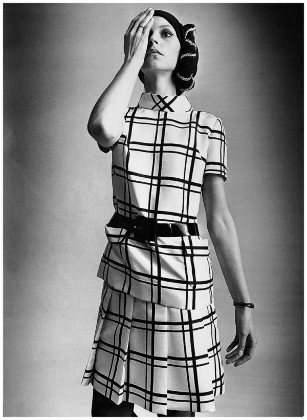 moda-de-los-anos-60-courreges