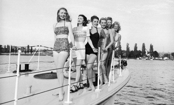 moda-de-los-anos-60-trajes-bano