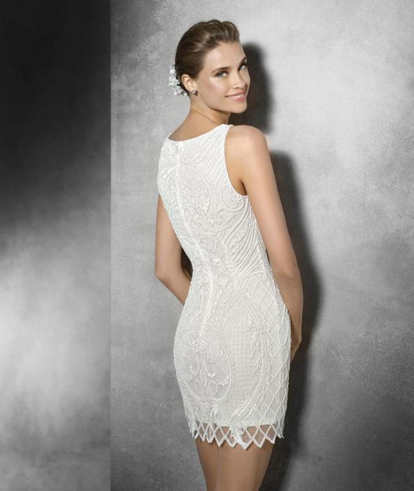b83f17517e6d6 Los vestidos de novia cortos para 2019 - ModaEllas.com